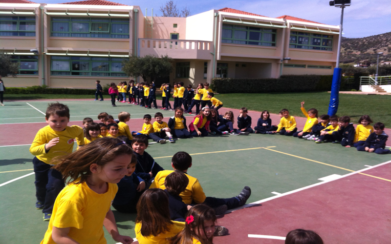 ENGLISH GAMES IN OUR SCHOOLYARD